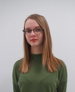 Sara Junttila vuosijuhlavastaava